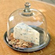 cheese-cloche-with-metal-tray_40